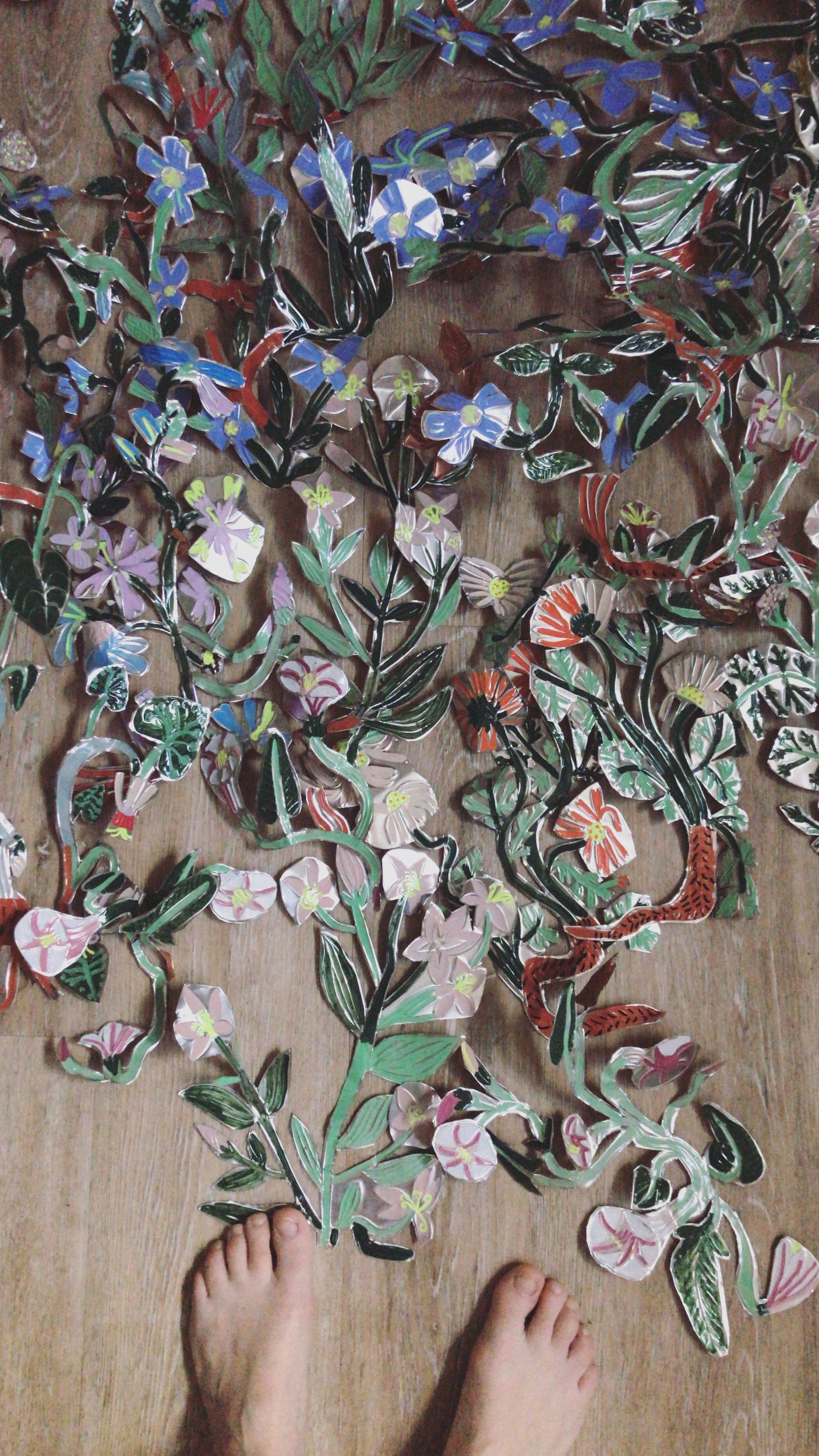 flowers ex-voto metal garden